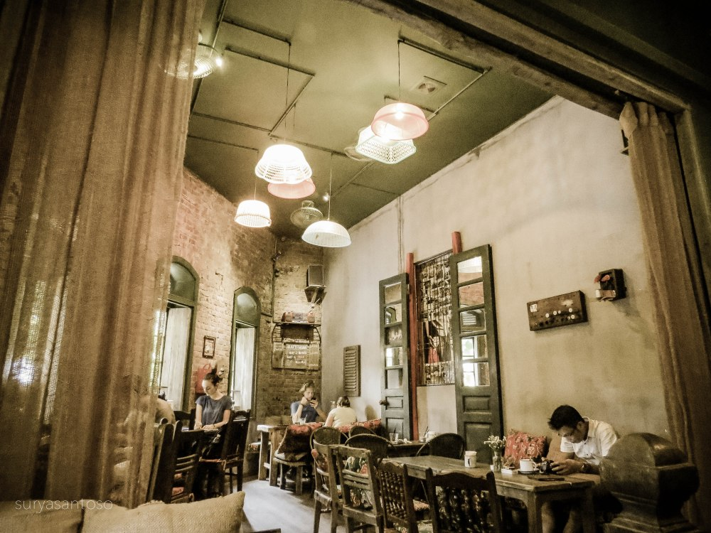 A photo of the interior of Cong cafe Nha Tho. Photo courtesy of Surya Santoso